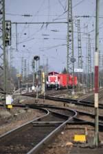 BR 714/56913/bei-einem-abstecher-in-den-stuttgarter Bei einem Abstecher in den Stuttgarter Norden fuhr dieser aufgerüstete Tunnelrettungszug in das Vorhaltegleis der Traktion des Gbf Kornwestheim. Der Fußweg zu den Schrebergärten war abgesperrt. Weiß jemand mehr? (04.03.2010).