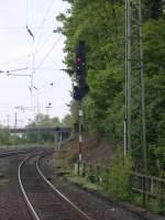 aachen-west/71837/einmal-befehl40-bitte-das-ausfahrtsignal-in Einmal Befehl40 bitte.  Das Ausfahrtsignal in Aachen West richrung Aachen Hbf stand am 15.05.2010 für BR 186 220 (2828) und BR 186 201 (2809) auf rangierfahrt.