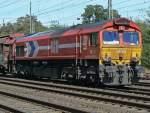Class 66/35543/de63-der-hgk-bei-der-einfahrt DE63 der HGK bei der Einfahrt in Gbf. Köln Eifeltor im Sommer 09