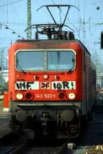 BR 143/37632/die-143-923-1-als-rb-nach Die 143 923-1 als RB nach Frankfurt HBF bei der Einfahrt in den Frankfurter Hauptbahnhof. Aufgenommen am 22.09.2009 von Bahnsteig 12.