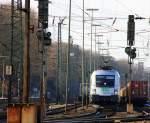 BR 182 Dispolok/181854/182-601-5-es-64-u2-101-der 182 601-5 (ES 64 U2-101) der SETG fährt mit einem Getreidezug von Aachen-West in Richtung Köln bei Sonne am 20.2.2012.
